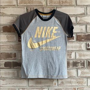 Nike • Screen Print Raglan Tee Sz M